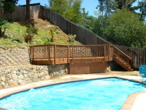Trex Deck with Retaining Wall